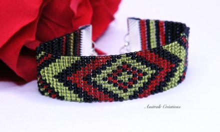 Bracelet Loom «Boho» en Rouge, Noir et Vert