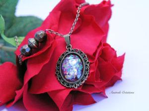 """""""Glittering Vintage"""" en rouge opale"""