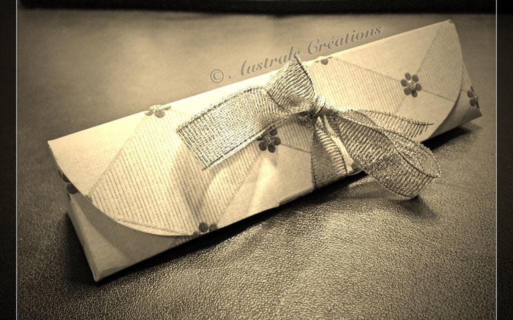 Tutoriel : Boîte Cadeau Triangle en pliages Origami (sans colle)