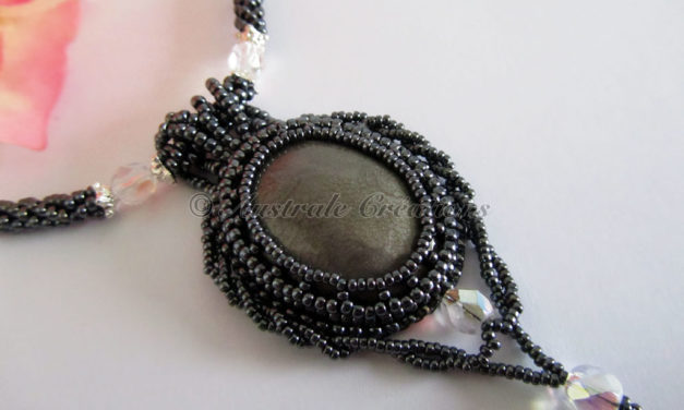 Collier « Black Moon »