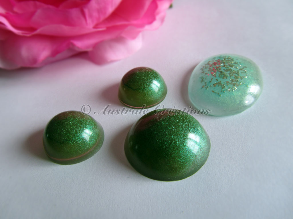 27cabochons resine 18