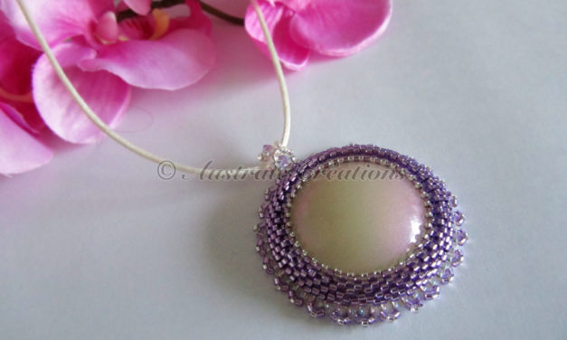 Collier « Purple Reflections »