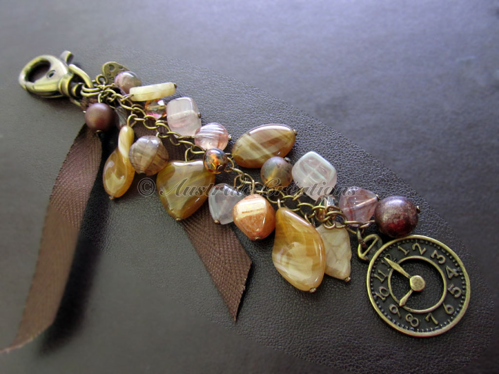 Bijou de sac « L'horloge »