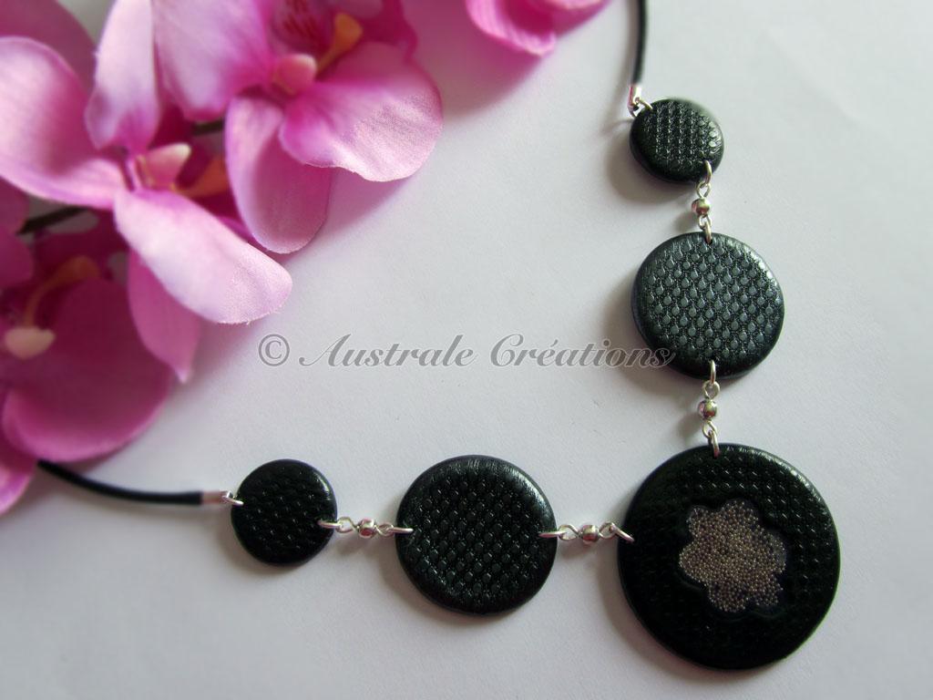 Collier « Perles et dentelle »