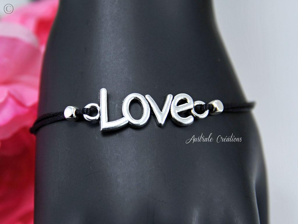 Bracelets Love