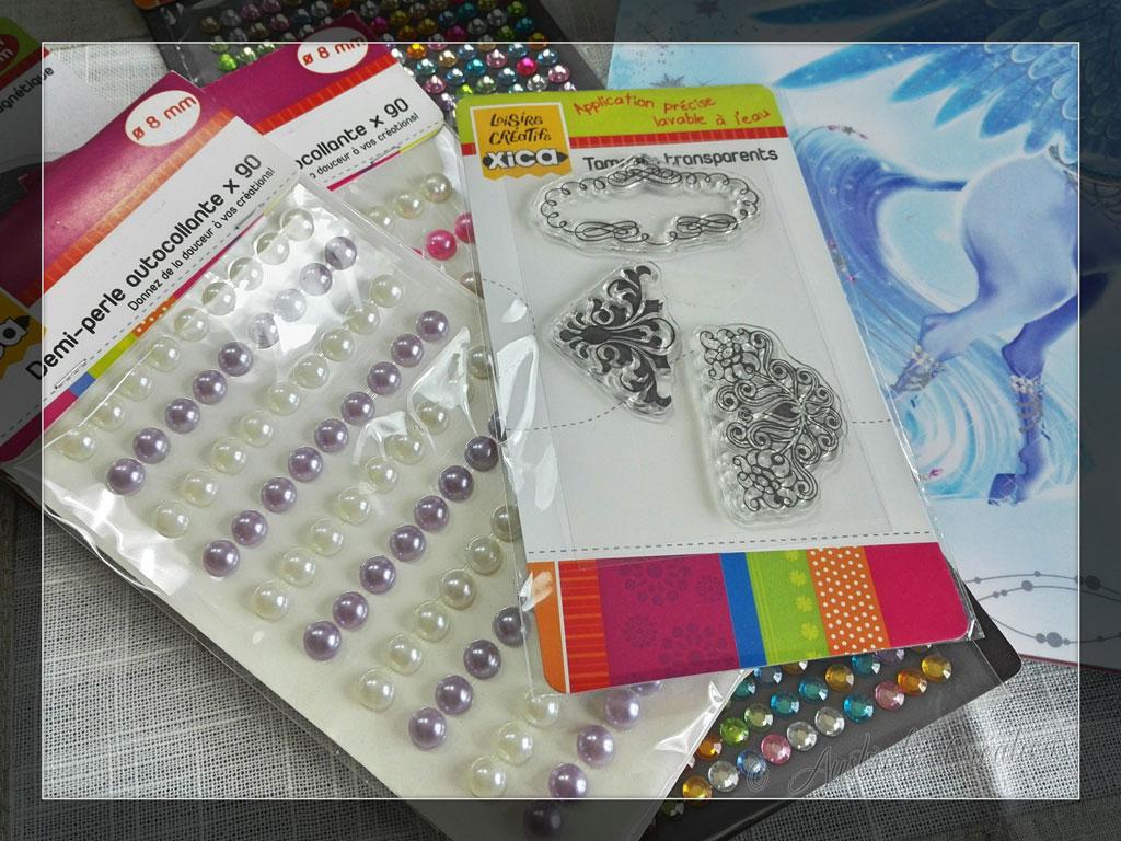 Tampons, Strass et Stickers de Aurounette