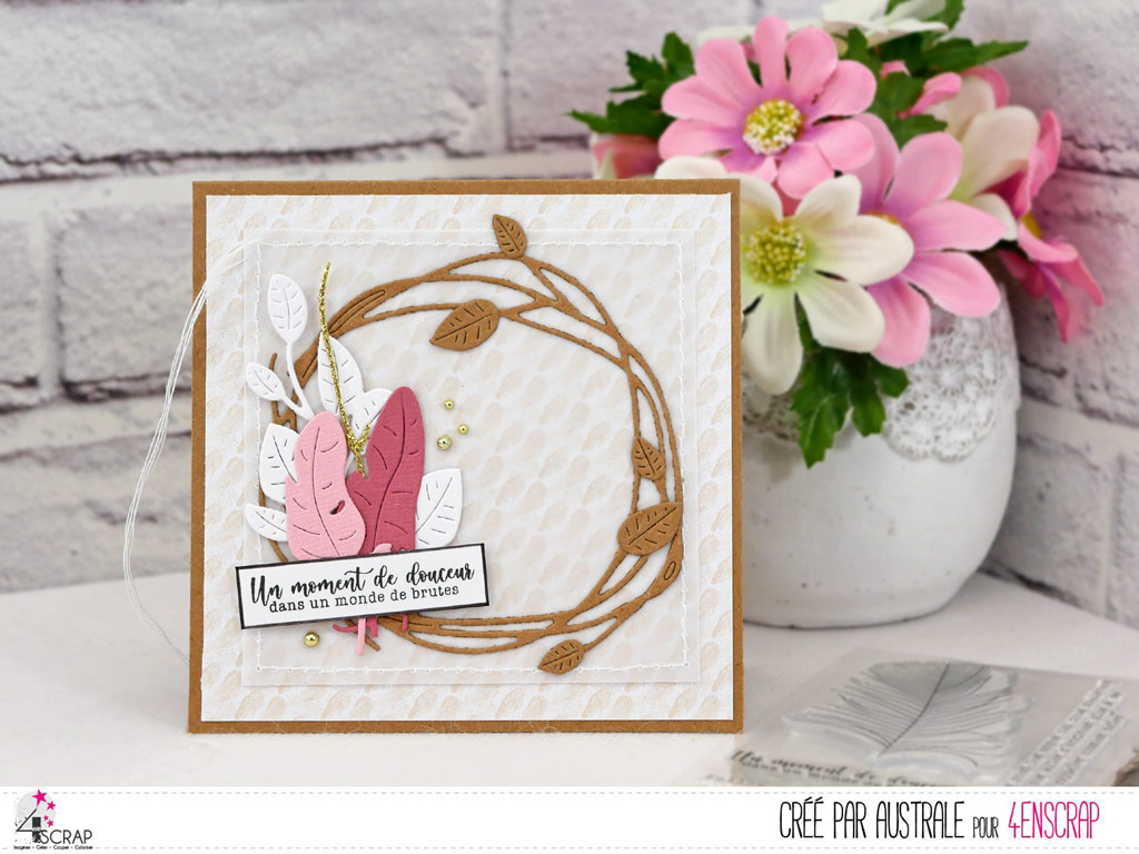 Carte d'amitié avec couronne de feuilles de printemps et cluster de feuillage et plumes en 4enscrap