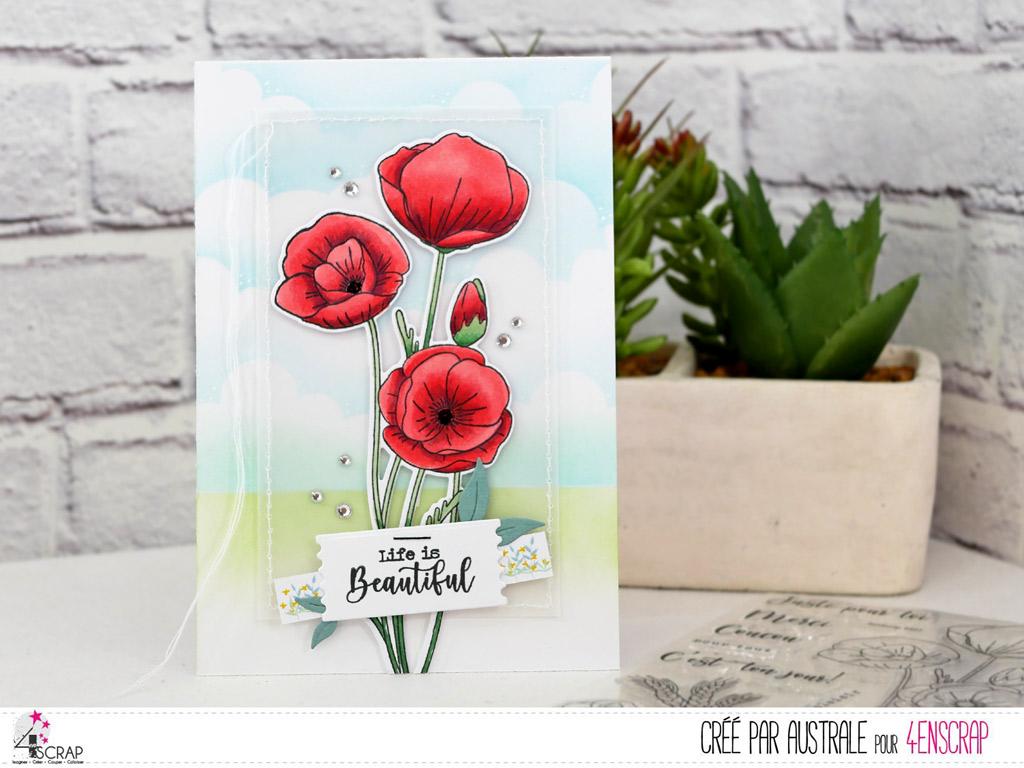 Carte pour toute occasion avec fond paysage réalisé au pochoir et à l'encre distress oxide avec un magnifique bouquet de coquelicots.