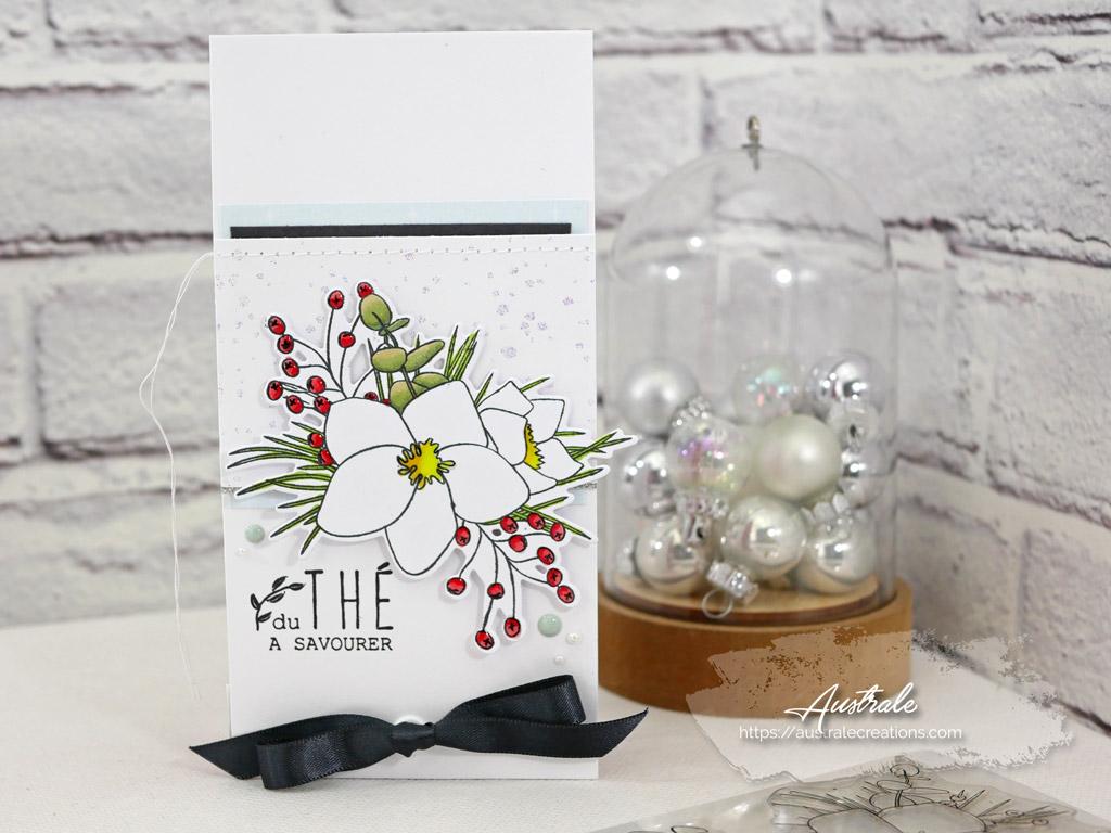 Pochette cadeau pour thé de Noël avec Hellébores et feuillages.