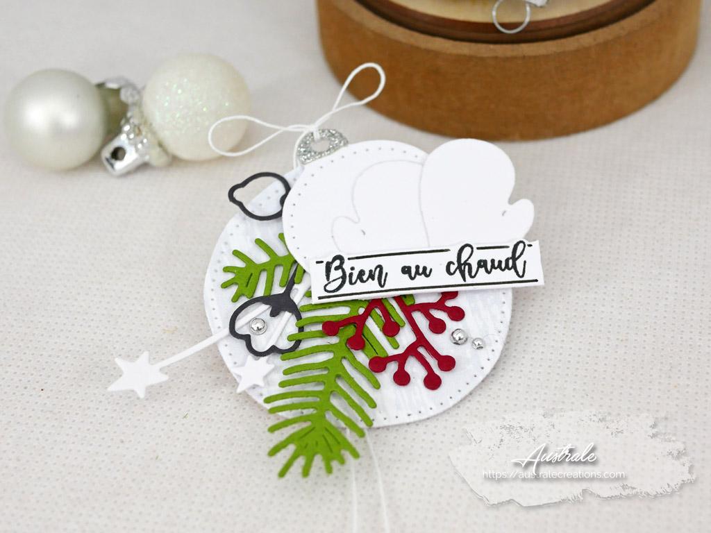 Etiquettes cadeaux pour Noel dans un combo en gris vert et rouge, moufles et feuillages en 4enscrap.