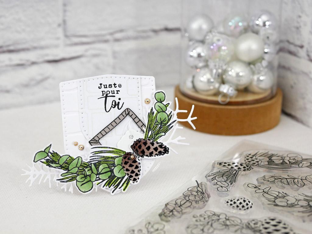 Etiquette cadeau dans un combo nature en taupe et vert et une touche de couture en 4enscrap.