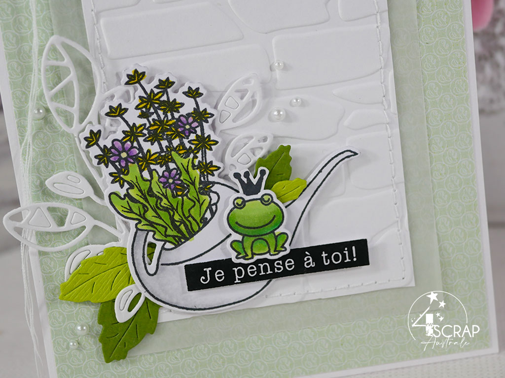 Création d'une carte pour toutes les occasions dans des couleurs de printemps avec arrosoir fleuri et petite grenouille.