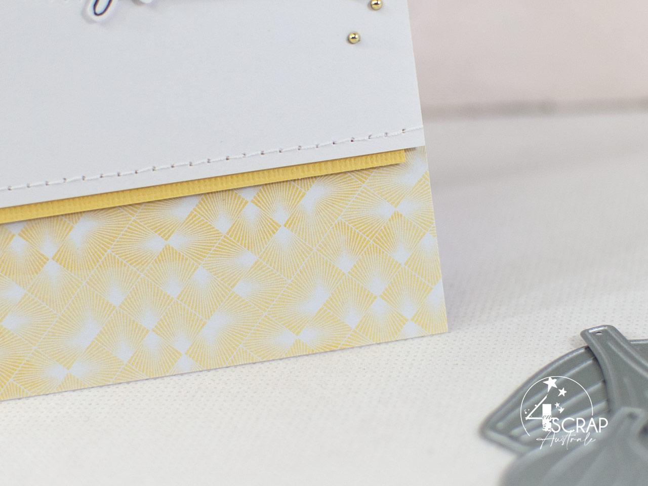Création d'une carte d'anniversaire avec des orchidées à l'aquarelle.