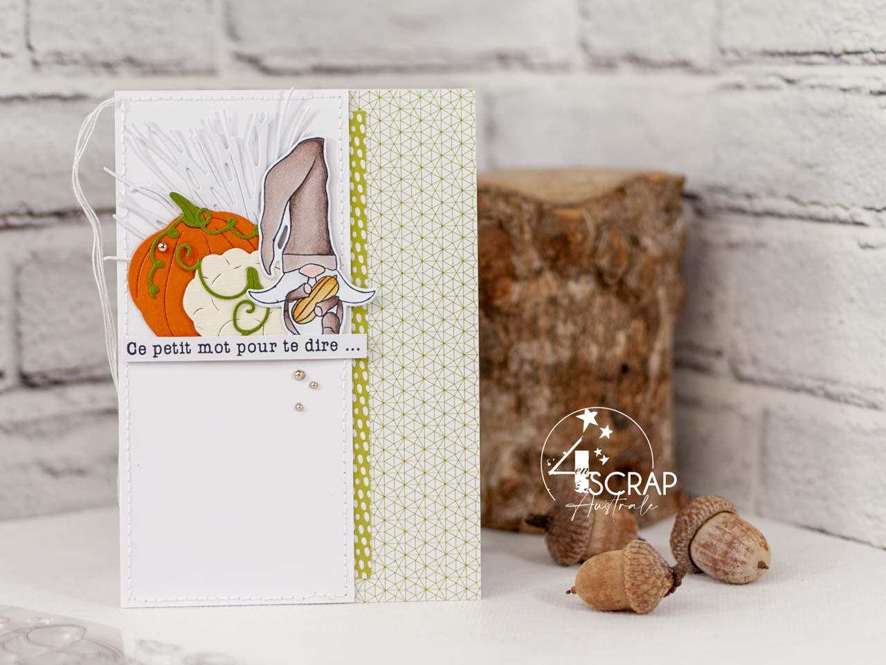Création d'une carte d'automne avec un adorable petit lutin des bois, citrouille et pâtisson.