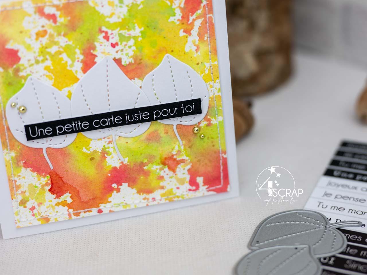 Création d'un duo de cartes d'automne, l'une ultra clean et l'autre avec un fond patouille. Les deux sont composées d'un trio de feuillages et d'une étiquette découpée pour le sentiment.